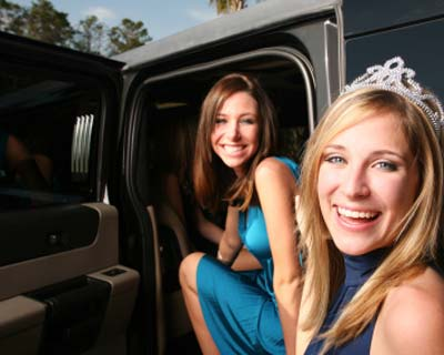 Limousines & Wedding Cars for all occasions