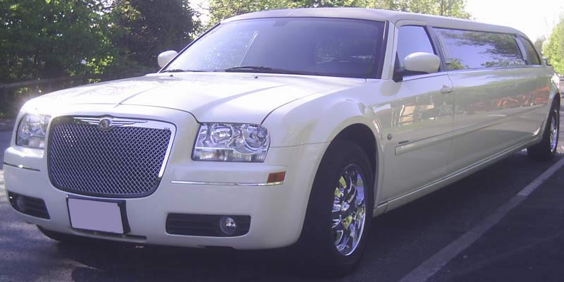 cream limo hire